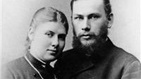 Hé lộ góc khuất khủng khiếp trong cuộc đời Leo Tolstoy