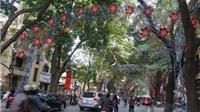 Trang trí không gian công cộng ở Hà Nội: Phải thay đổi và sẽ thay đổi!