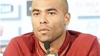 Ashley Cole CHÍNH THỨC chấm dứt hợp đồng trước thời hạn với Roma