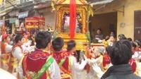 Hội làng và chi phí tâm linh của người Việt