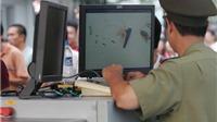Bắt giữ hai hành khách Thái Lan mang súng ngắn đến Sân bay Quốc tế Nội Bài