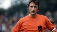 Người Hà Lan tưởng niệm Johan Cruyff ở phút thứ 14 trận giao hữu Hà Lan - Pháp