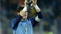 Iker Casillas chạm mốc kỷ lục trong ngày Tây Ban Nha hòa thất vọng