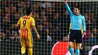 Rio Ferdinand: 'Torres là một nỗi ô nhục. Suarez đáng bị đuổi'