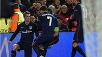 10 phút điên rồ và... hài hước của Fernando Torres: Ghi bàn, thẻ vàng, rồi thẻ đỏ