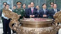 Chủ tịch nước Trần Đại Quang dâng hương tưởng niệm Bác Hồ tại K9 - Đá Chông