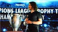 Isaac, Bảo Anh 'quẩy' nhiệt tình đón Cup UEFA Champions League, danh thủ Carles Puyol