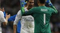 Ai là người giúp Ronaldo sút phạt thành bàn trước Wolfsburg?