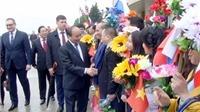 Thủ tướng Nguyễn Xuân Phúc duyệt đội danh dự tại sân bay Vnukovo, Moskva