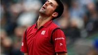 Djokovic suýt bị loại khỏi Roland Garros vì ném vợt vào trọng tài
