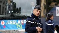 Tuyển Anh tá hỏa vì xe buýt có nguy cơ bị khủng bố đột nhập