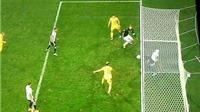 Boateng được tâng bốc khi ngoạn mục cứu bóng trên vạch vôi