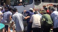 Ô tô 35 chỗ mất phanh đâm 7 người bị thương ở Cát Bà