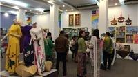 Khai mạc triển lãm 'ASEAN - Sắc màu văn hóa' tại Hà Nội