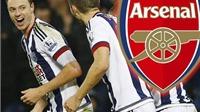 CĐV Arsenal ăn mừng vì Wenger mua hụt Jonny Evans