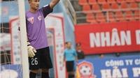 VIDEO: Hài hước bàn thua phút cuối của Than Quảng Ninh