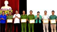 Khen thưởng thành tích bắt giữ nghi can vụ thảm sát tại Lào Cai