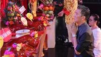 Đàm Vĩnh Hưng cúng Tổ sau 20 năm ăn cơm nghệ thuật
