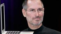 Đấu giá đồng hồ vàng, áo khoác da... của Steve Jobs