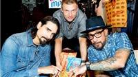 Backstreet Boys tiết lộ sự thật về màn đối địch của các boy band