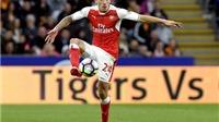Arsenal CHÚ Ý: Barca và Man City quyết 'săn' Bellerin