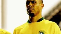 Ronaldo được bầu chọn là 'số 9' vĩ đại nhất lịch sử