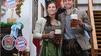 Sao Bayern Munich và Wags tưng bừng trong lễ hội bia Oktoberfest