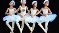 Vũ công nhí chinh phục giấc mơ ballet 'Kẹp hạt dẻ'