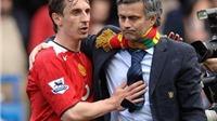 Gary Neville vạch điểm yếu của Liverpool, mách Mourinho bí quyết thắng trận