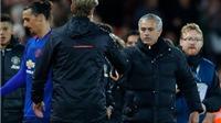 Mourinho: 'Nên chỉ trích Liverpool thì hơn. Nếu Ibra ghi bàn thì trận đấu đã kết thúc'