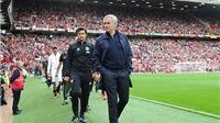 Chelsea 'phũ phàng' với Mourinho trong ngày trở lại Stamford Bridge