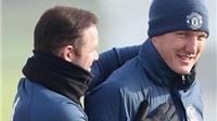 Cựu chủ tịch Bayern: 'Man United đối xử với Schweinsteiger như người bị hủi'