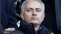 Luke Shaw và Smalling có thể phải 'khăn gói' rời Old Trafford vì… Mourinho