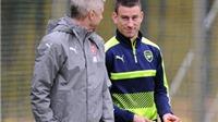 Mất Sanchez, ông Wenger yêu cầu Pháp không được mạo hiểm với Koscielny