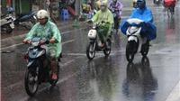 Nam Bộ mưa dông gây ngập úng, Nam Biển Đông đề phòng lốc xoáy