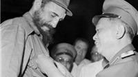 Rưng rưng CHÙM ẢNH về lãnh tụ Fidel Castro và Đại tướng Võ Nguyên Giáp
