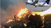Máy bay Pakistan chở 47 người lao xuống đất, cháy dữ dội (ảnh hiện trường)