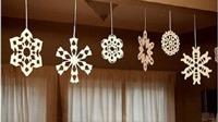 Cắt tỉa bông tuyết trang trí Giáng sinh cực dễ dàng