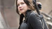 Dậy sóng vì Jennifer Lawrence 'gãi mông' bằng đá thiêng