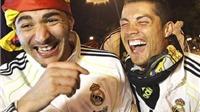 CĐV Man United giận dữ vì đội nhà chúc mừng Ronaldo giành Bóng vàng