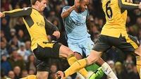 Chuyên gia tranh cãi vì bàn thắng khiến Arsenal ôm hận