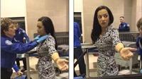 Video: Biên tập viên CNN bật khóc vì bị khám quá kĩ ở sân bay