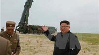 Ông Kim Jong-un thị sát thi bắn rocket và bay chiến đấu ban đêm