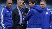 Tiết lộ về khoản tiền 'khủng' Chelsea trả cho Mourinho và bộ sậu