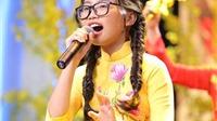 VIDEO: Phương Mỹ Chi hát 'Gái Xuân' ngày Tết