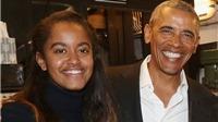 Ông Obama cùng con gái đi xem kịch ở Broadway