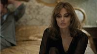 Angelina Jolie 'thất vọng và tổn thương' khi Brad Pitt nối lại với Jennifer Aniston