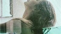 Ngẩn ngơ bộ ảnh Suzy Bae 'mơn mởn' trong bể bơi