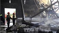 Cháy lớn, toàn bộ nhà xưởng sản xuất gỗ trên 1.000 m2 đổ sập