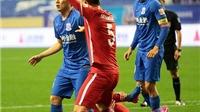 KỲ LẠ: Cầu thủ Trung Quốc bị cắt lương hết mùa vì phạm lỗi với Axel Witsel
